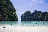 Thailandia, spiaggia Maya Bay resterà chiusa almeno per altri 2 anni