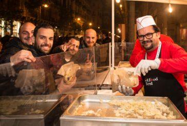 4 giorni per gustare lo street food tra spettacoli e musica a Catania