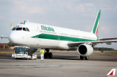 Alitalia: a giugno ricavi +10,6% da traffico passeggeri