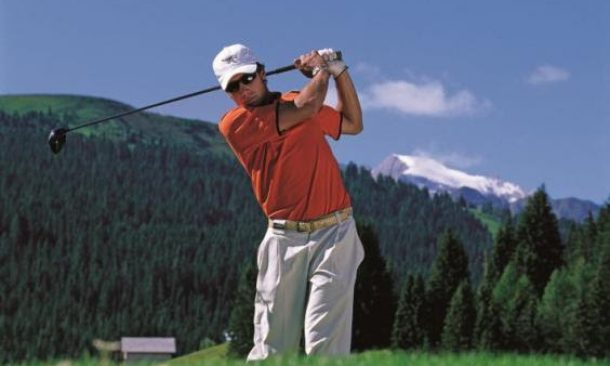 Voglia di golf in Alta Badia allo Sporthotel Panorama a Corvara ...