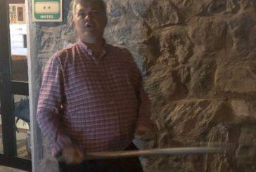 Denuncia shock su TripAdvisor: turista bastonato da albergatore valdostano