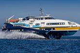 Aliscafo Liberty Lines finisce contro molo a Vulcano, marittimo in mare ma salvo