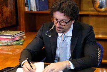 Alitalia: Toninelli apre a Boeing, soluzione entro l'anno