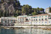 Lo chef del Villa S. Andrea di Taormina porta cucina la siciliana in India