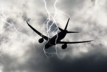 Fulmine colpisce aereo Alitalia diretto a Reggio Calabria, nessun danno