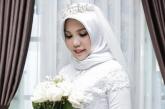 In abito da sposa ma solo su Instagram, il fidanzato era sul volo Lion Air
