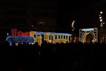 Le 'Luci d'Artista' illuminano il Natale di Pescara