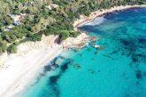 L'esercito libera la spiaggia di Porto Tramatzu, ora fruibile a tutti