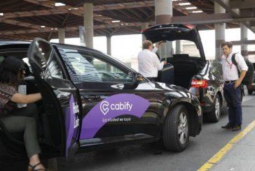 A Madrid e Barcellona tassisti in rivolta contro Uber e Cabfy