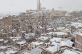 Sassi di Matera sotto la neve. Polstrada: in viaggio solo se necessario