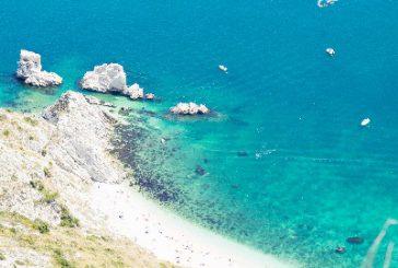 Ecco le 15 spiagge più belle d'Italia: al top una spiaggia marchigiana