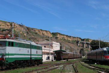 In treno storico da Palermo al Parco Ferroviario di Porto Empedocle
