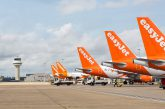 easyJet mette in vendita i voli per l'estate 2020