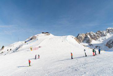A Cortina D'Ampezzo si scia sulle piste del Faloria fino al 1° maggio