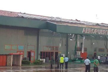 Cuba, forte tempesta danneggia l'aeroporto di Santa Clara