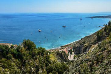 Spiagge siciliane al top ma la minaccia arriva dalla plastica