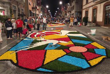 Il Gran Tour delle Marche fa tappa all'Infiorata di Castelraimondo