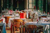 Menu poliglotti e smart nei ristoranti italianiper dialogare con i turisti stranieri
