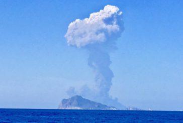Francia sconsiglia viaggi a Stromboli, ma il sindaco replica: sicurezza garantita