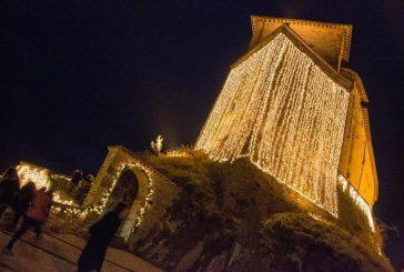 A Frontone torna la magia dei mercatini 'Nel Castello di Babbo Natale'