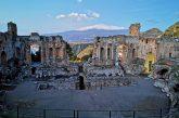 Eventi e appuntamenti traTaormina e Naxos con vista sulla prima neve dell'Etna